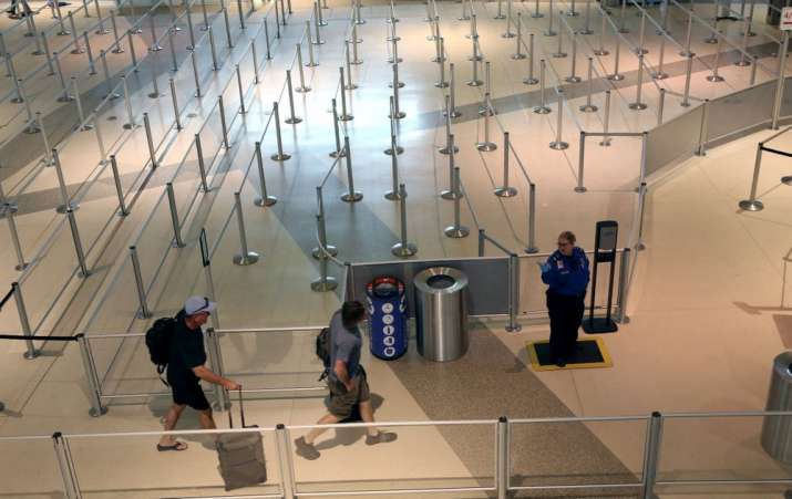 Pvt airports for levying fee on each ticket to tackle corona crisis
