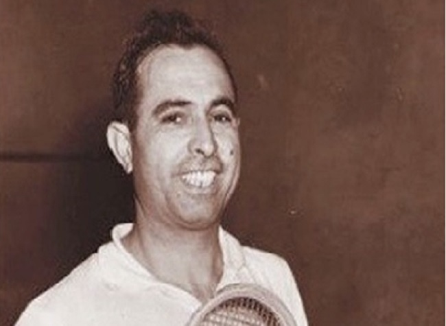 Pakistani squash great Azam Khan