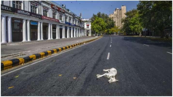 India prepares for lockdown as coronavirus death toll rises to 7
