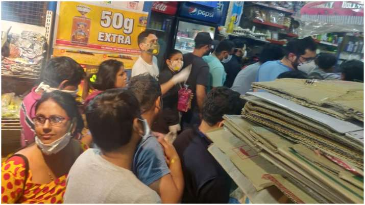 Coronavirus: Panic buying across markets after 21-day lockdown announcement, PM Modi appeals for cal