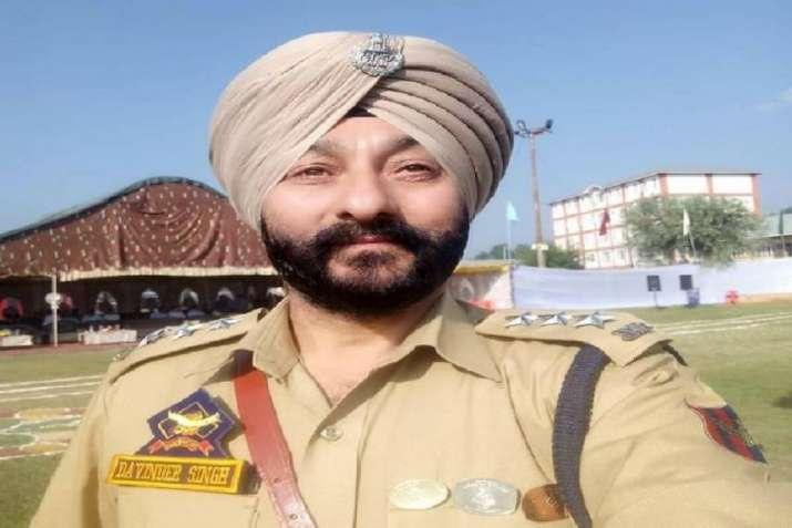 Suspended JK police officer Davinder Singh sent to further custody till April 3