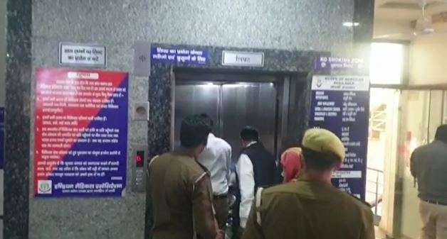 India Tv - greater noida crime news, greater noida company, greater noida company director shoots, greater noid