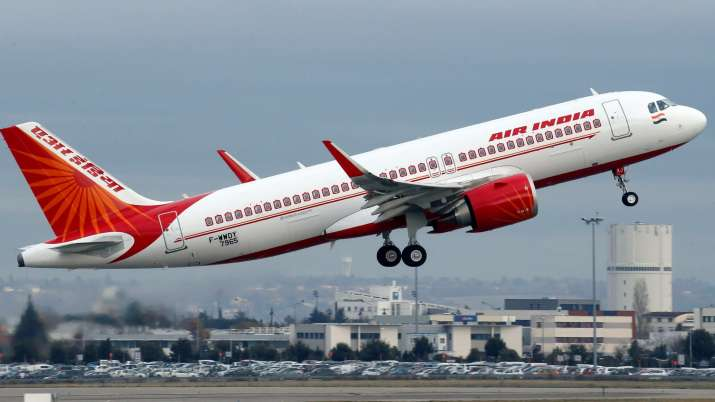 Govt extends deadline to bid for Air India till April 30