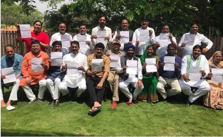 The rebel legislators from Congress appeared in a group