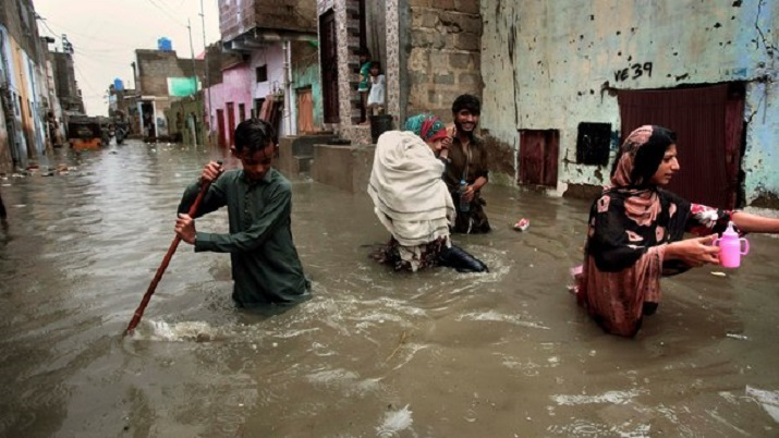 Heavy rains claim 27 lives in Pakistan