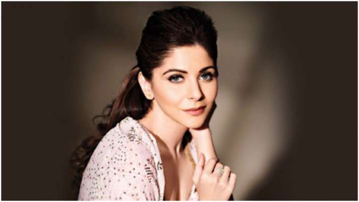 Lucknow Hospital asks Kanika Kapoor to behave like a patient