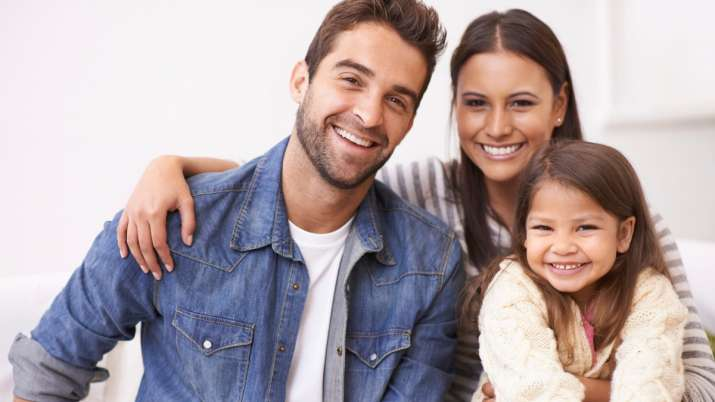 Vastu Tips: It's auspicious to place family photo in south-west direction at home