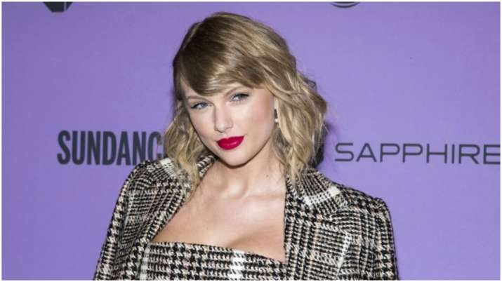 Taylor Swift Tops Google S 2020 List Of Most Searched Woman Celebrities News India Tv,What Color Matches Olive Green Skirt