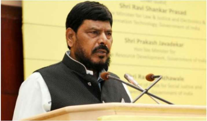 Mumbai: Athawale starts food service for lockdown-affected thumbnail