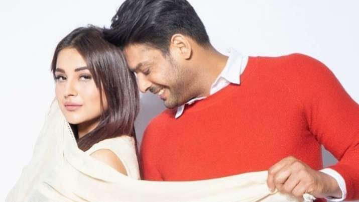 India Tv - Sidharth Shukla, Shehnaaz Gill's sizzling chemistry in Darshan Raval's song Bhula Dunga
