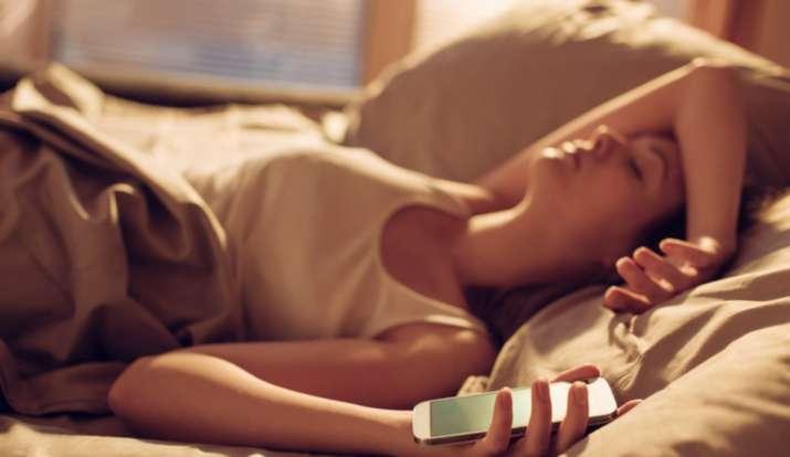 sleep, smartphones