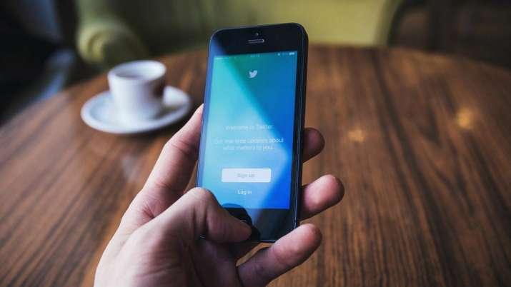 twitter, twitter account, twitter blocks accounts, twitter blocks accounts encouraging coronavirus p