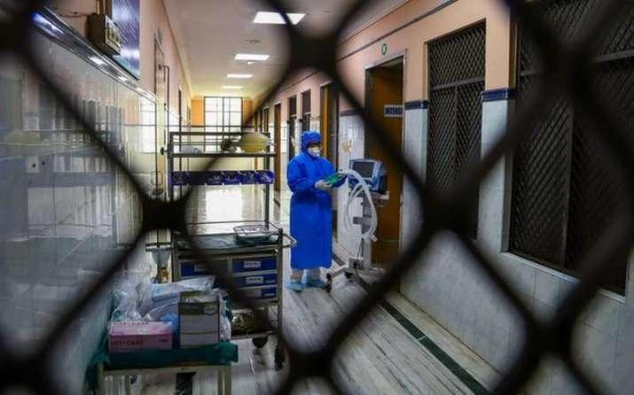Suspected coronavirus patient left Srinagar hospital for home after stray dogs entered ward