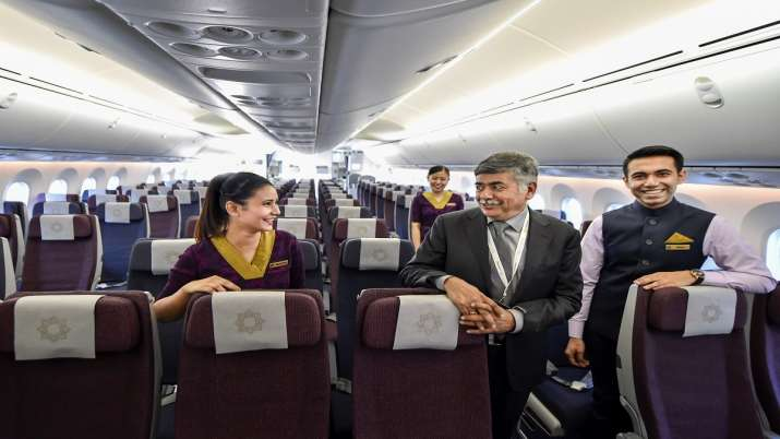 India Tv - Economy class seats to have 12-inch screen, six-way headrest in Vistara's new Dreamliner aircraft