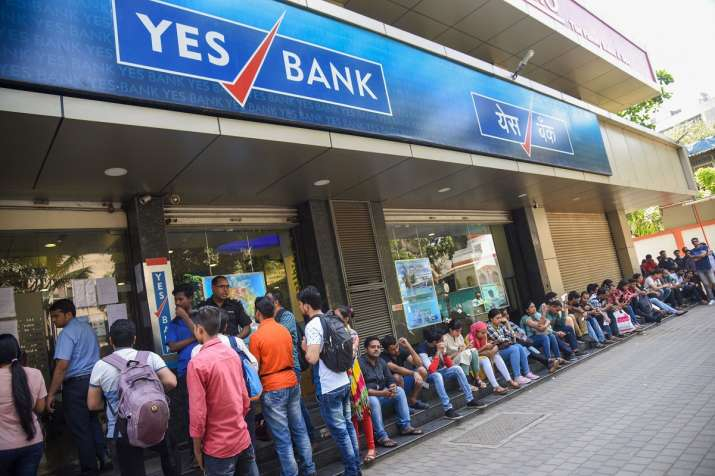 Yes Bank debit card holders can withdraw cash from other