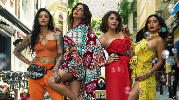 Sayani Gupta reveals 'Four More Shots Please!' girls changed in an Istanbul cafe loo