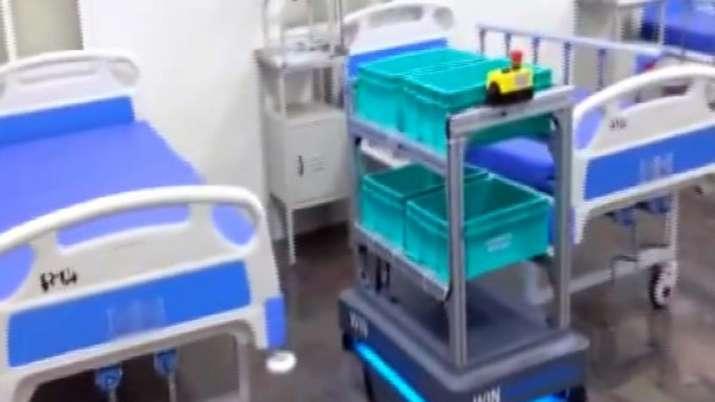 Bengaluru, Victoria hospital, robot, coronavirus patients
