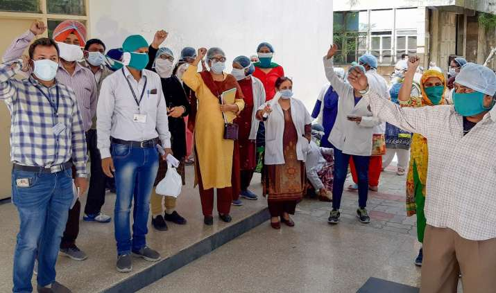 Coronavirus in Amritsar: 53,865 people examined for COVID-19; 11 cases reported