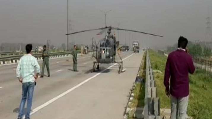 baghpat, Cheetah Helicopter, Indian Air Force, Expressway, Uttar Pradesh