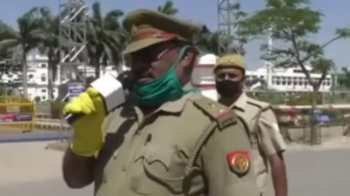 Cop sings Bhojpuri song to spread awareness on COVID-19. Watch video