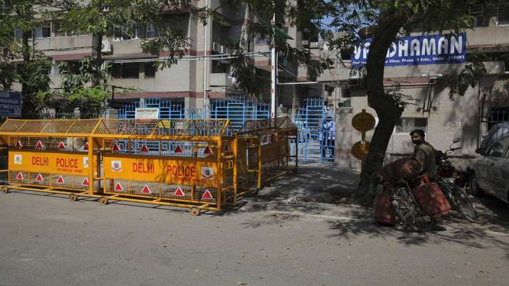 Curfew passes, essential services provider, lockdown extended May 3, Delhi Police
