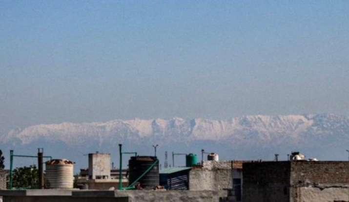 Jalandhar residents get view of Himalayan range, Harbhajan Singh posts picture as lockdown clears air, News & Media