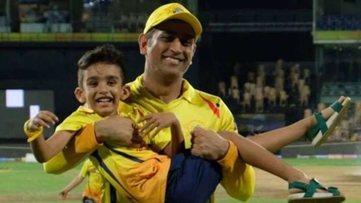 MS dhoni with Gibran
