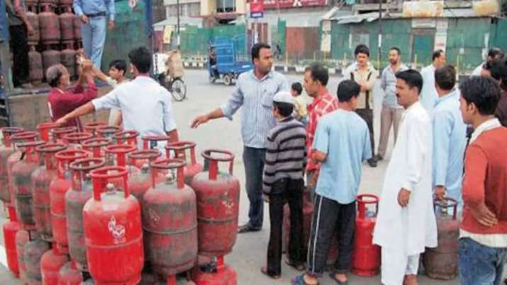 LPG cylinder gets cheaper; second price cut in 2 months.