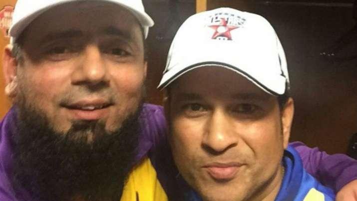 Sachin Tendulkar and Saqlain Mushtaq