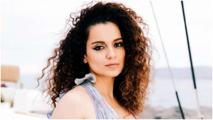 Kangana Ranaut completes 14 years in Bollywood, recalls her 1st best  actress award | Celebrities News – India TV