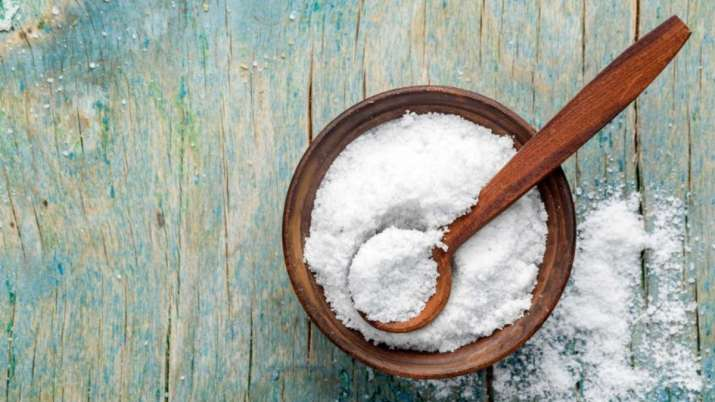 Vastu Tips: Keeping some rock salt beside the bed while