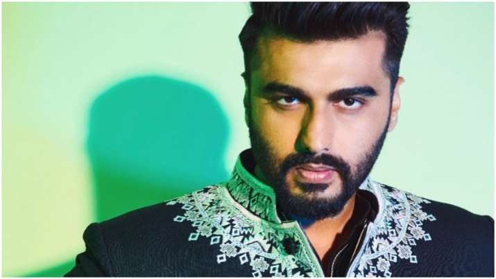 Arjun Kapoor donates to PM Cares, Maha CM fund, GiveIndia in fight against coronavirus thumbnail