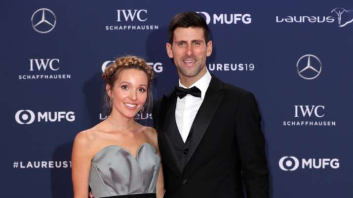 Novak Djokovic Takes Up Andy Murray S 100 Volley Challenge With Wife Tennis News India Tv
