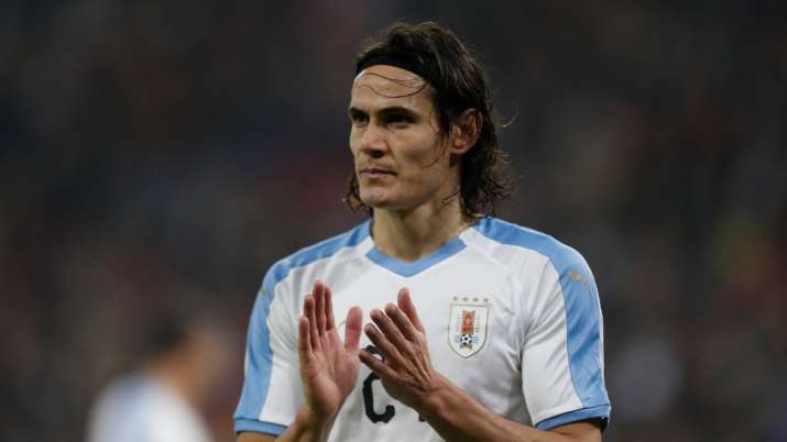 after 7 months edinson cavani returning to paris with manchester united football news india tv after 7 months edinson cavani