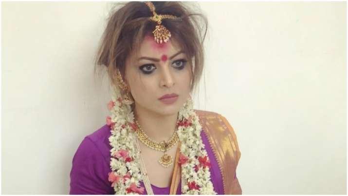 Urvashi Rautela channelises her inner Manjulika as she celebrates 25 million followers on Instagram