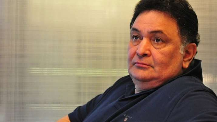 Rishi Kapoor admitted to hospital with breathing difficulties, fans wish for his speedy recovery