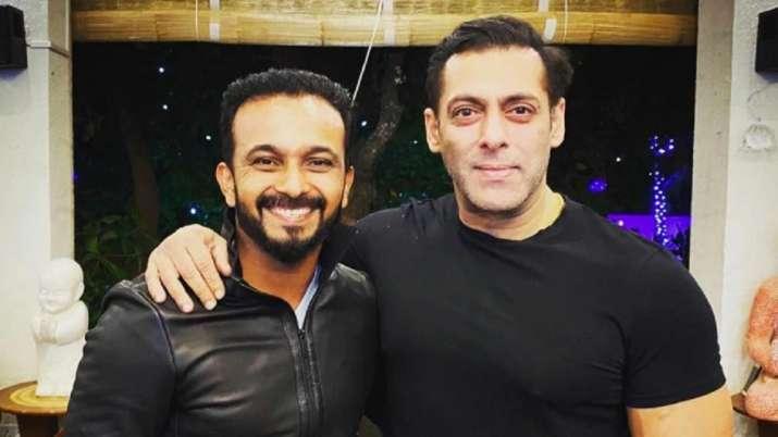 Kedar Jadhav with Salman Khan