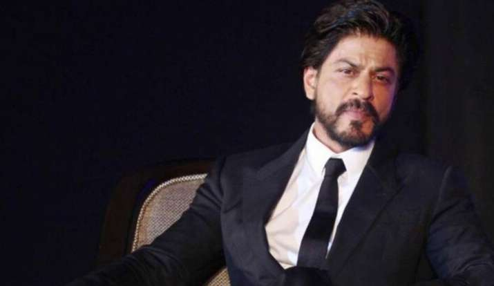Shah Rukh Khan joins fight against coronavirus. Here's how fans reacted thumbnail