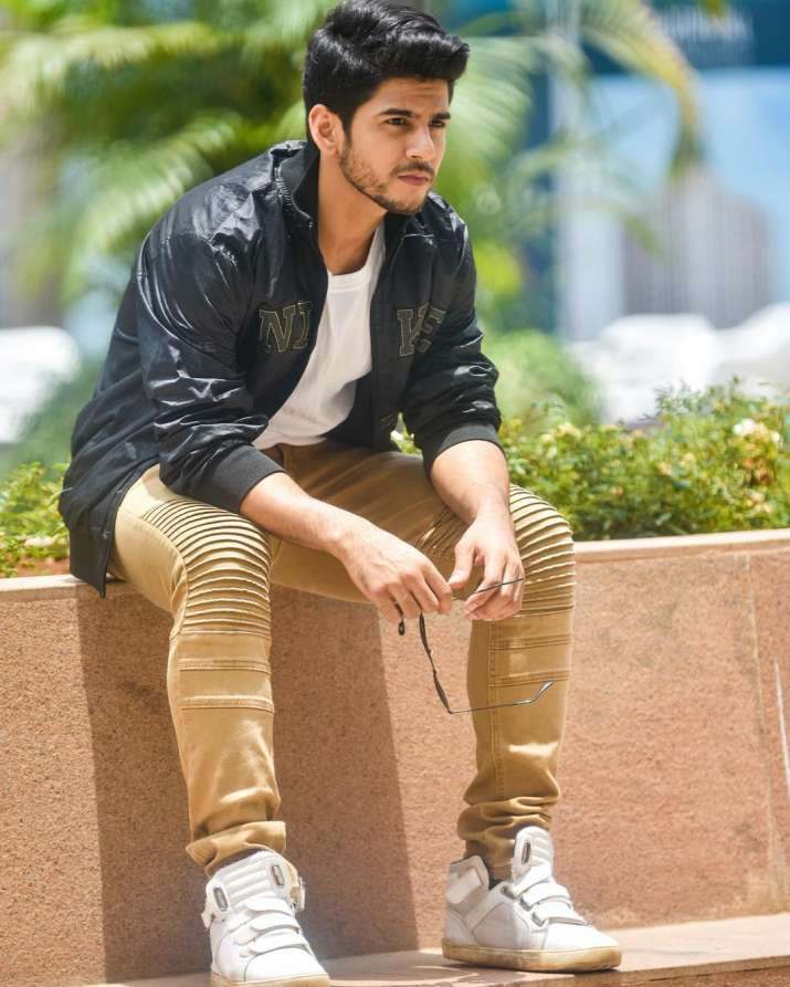 India Tv - Sunil Lahri's son
