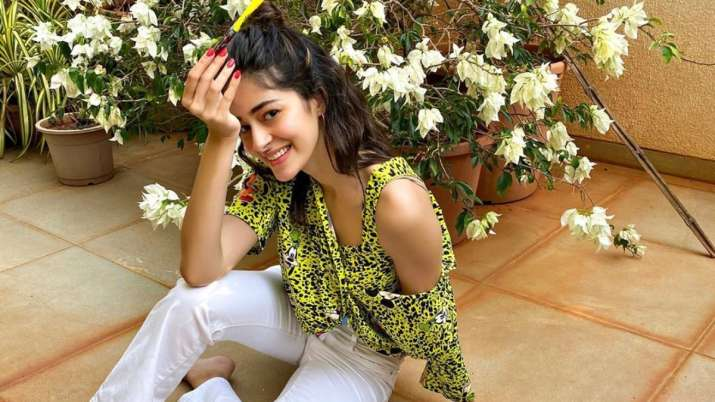 Ananya Panday shares 'unofficial' poster of her upcoming film 'Khaali Peeli'