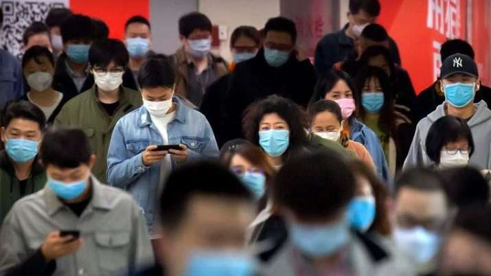 Singapore sees drop in new coronavirus cases