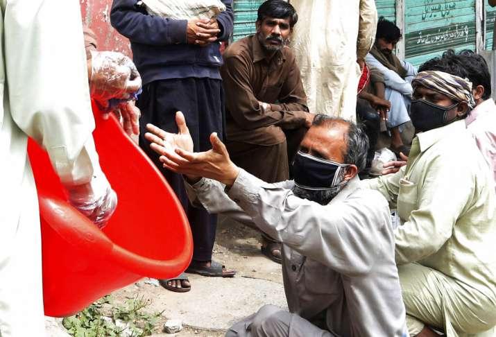 Pakistan's coronavirus case tally reaches 30,429; death toll at 661