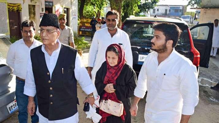 आजम खान को जौहर संपत्ति के प्रमुख के रूप में हटा दिया गया