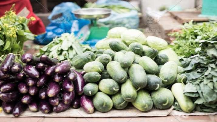 Uttar Pradesh: Dispute between two vegetable vendors over