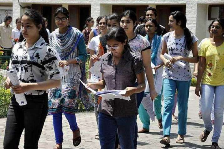 CBSE Schools may conduct exams online or offline for failed class 9, 11 students