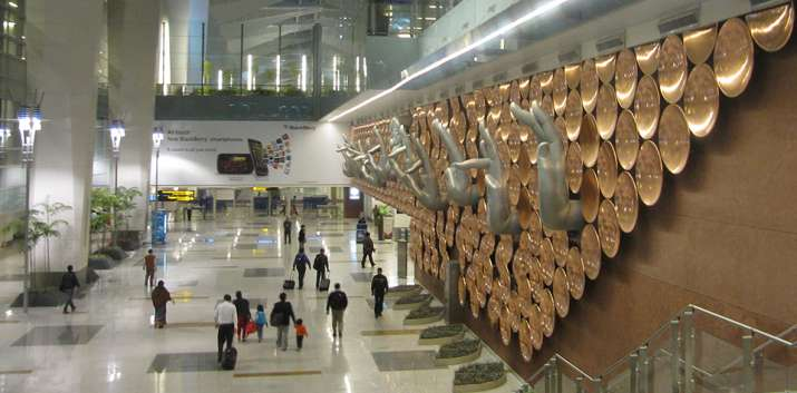 80 flights to and from IGI Airport in Delhi cancelled