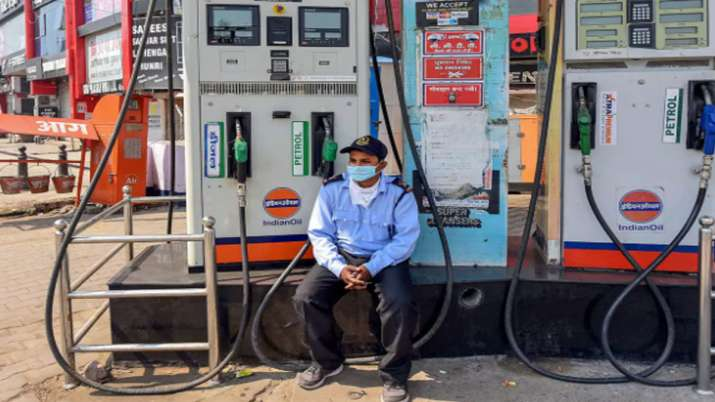 Petrol price hiked by Rs 2/ltr, diesel by Rs 1/ltr in Uttar