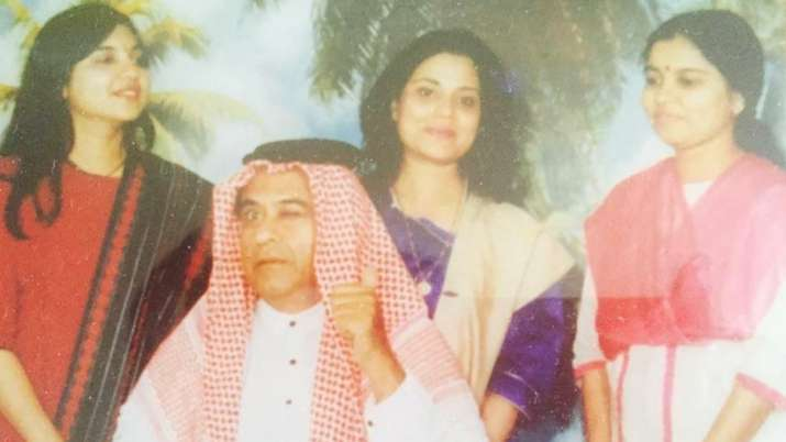 Alka Yagnik shares throwback photo with Kishore Kumar, Sonu Nigam reveals the interesting backstory