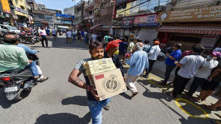 Delhi Lockdown 4.0: More liquor shops likely to open, those in malls to remain shut