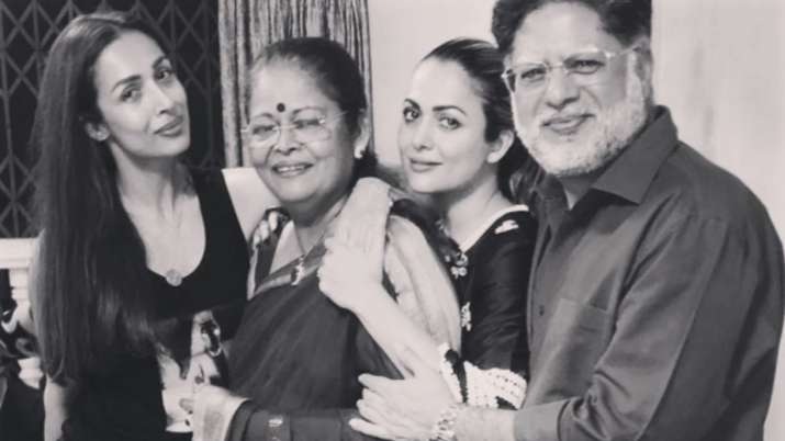 Malaika Arora misses parents, sister Amrita amid lockdown, shares throwback family photo